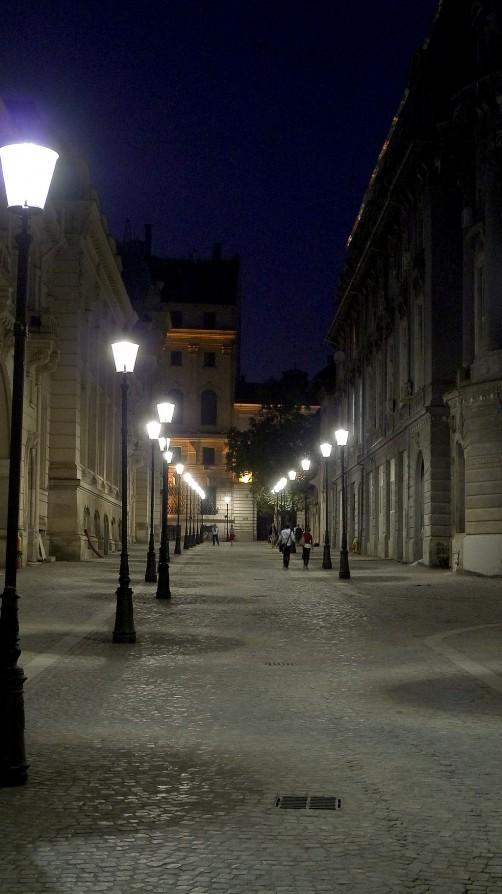 Plimbare prin centrul vechi cu Lx 3