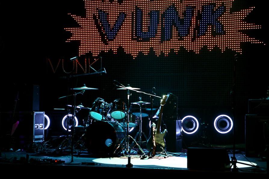 lansare Vunk